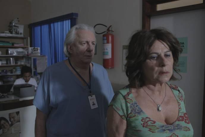 Marco Nanini (Pedro) en Denise Weinberg (Daniela)