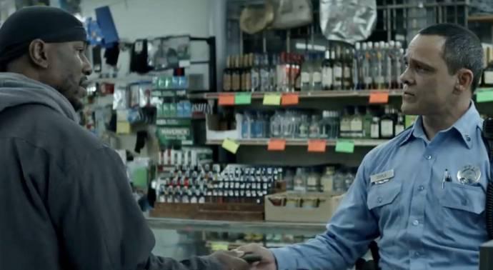 Tyrese Gibson (Milo 'Mouse' Jackson) en Nelson Bonilla (Officer Doyle)