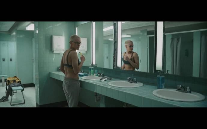Kristen Stewart (Norah)