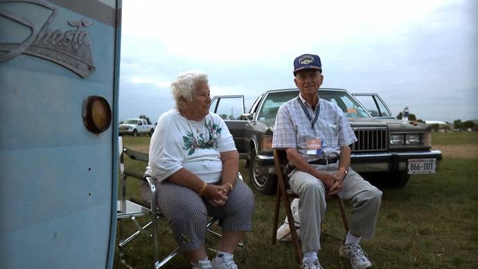Betty Kasch (Self) en Merle Hayden (Self)