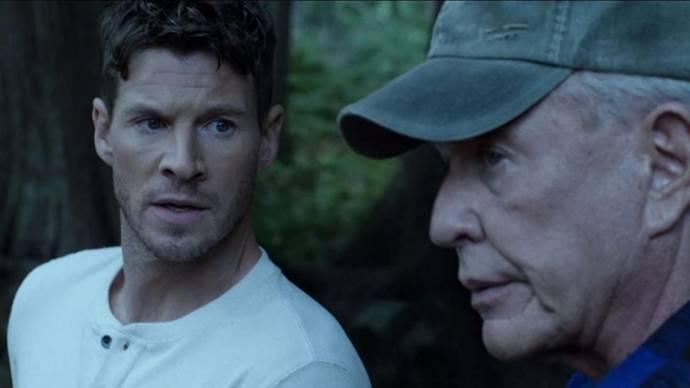Chad Michael Collins (Brandon Beckett) en Tom Berenger (Thomas Beckett)