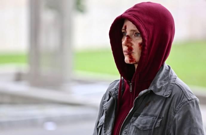 Jessica Chastain (Ava)