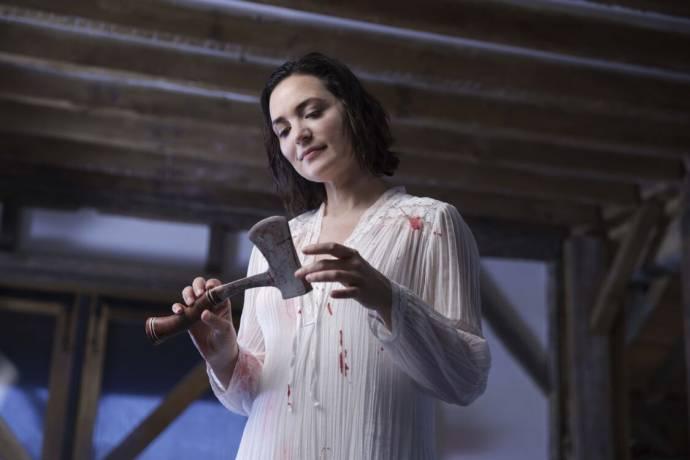 Jules Willcox (Becky)