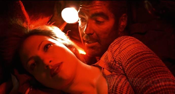 Jennifer Lopez (Karen Sisco) en George Clooney (Jack Foley)