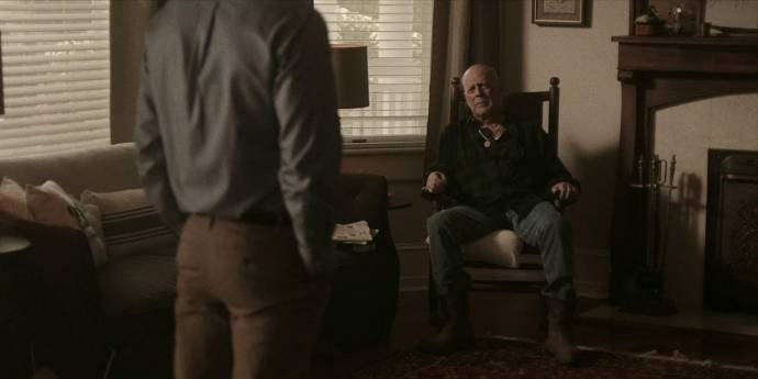 Bruce Willis (Frank)