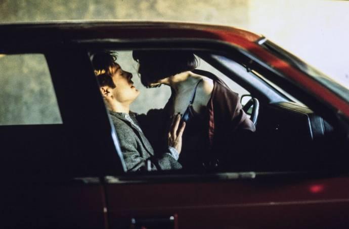James Spader (James Ballard) en Holly Hunter (Helen Remington)