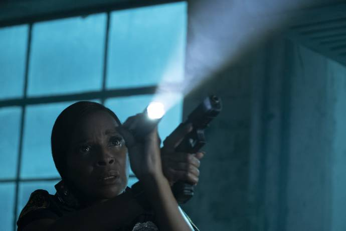 Mary J. Blige (Renee Lomito-Smith)