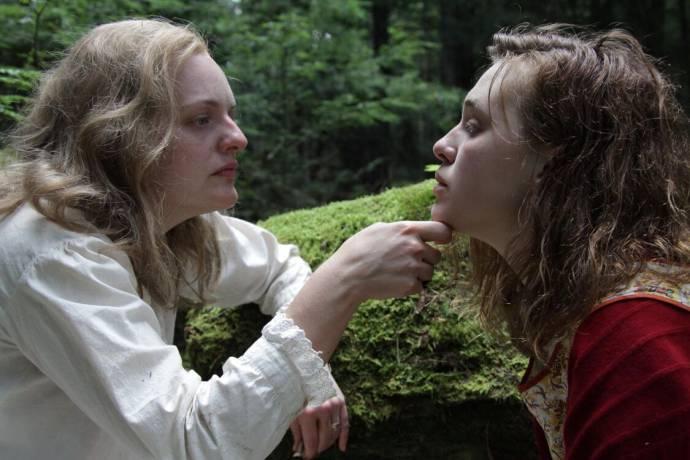 Elisabeth Moss (Shirley Jackson) en Odessa Young (Rose)