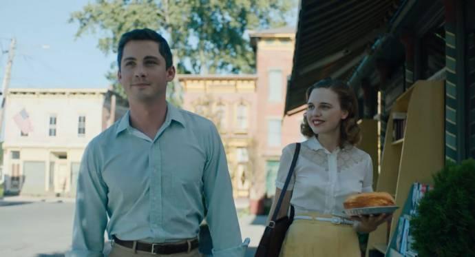 Logan Lerman (Fred) en Odessa Young (Rose)
