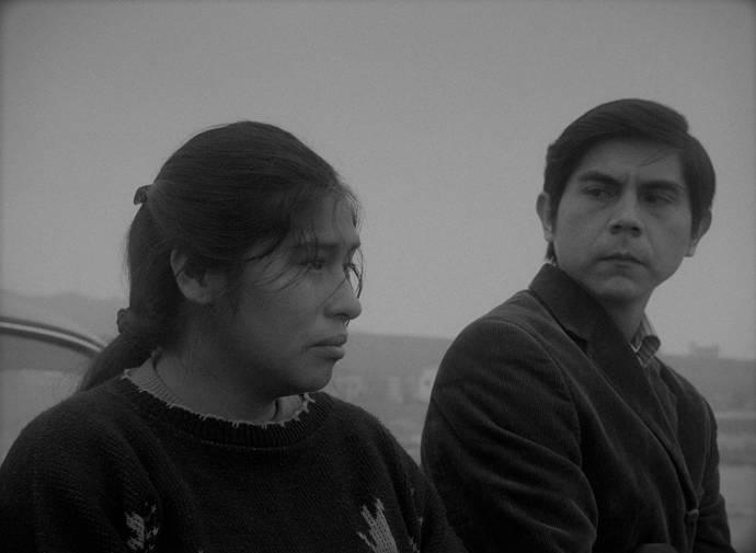 Pamela Mendoza (Georgina) en Tommy Párraga
