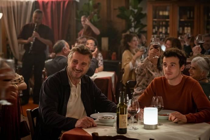 Liam Neeson (Robert) en Micheál Richardson (Jack)
