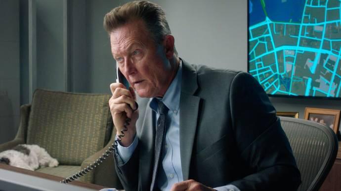 Robert Patrick (Agent Sam Baker) in Honest Thief