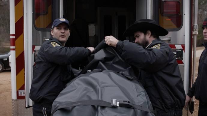 Lucas Bentley (Stanley) en Jason Patric (Sheriff Baker)