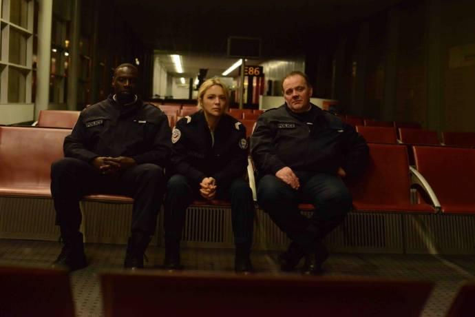 Omar Sy (Aristide), Virginie Efira (Virginie) en Grégory Gadebois (Erik)