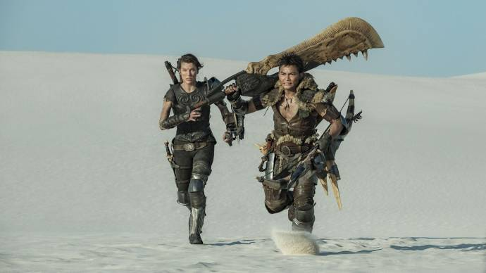Milla Jovovich (Artemis) en Tony Jaa (The Hunter) in Monster Hunter