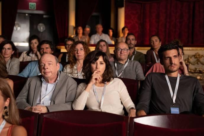 Wallace Shawn (Mort Rifkin), Gina Gershon (Sue) en Louis Garrel (Philippe)
