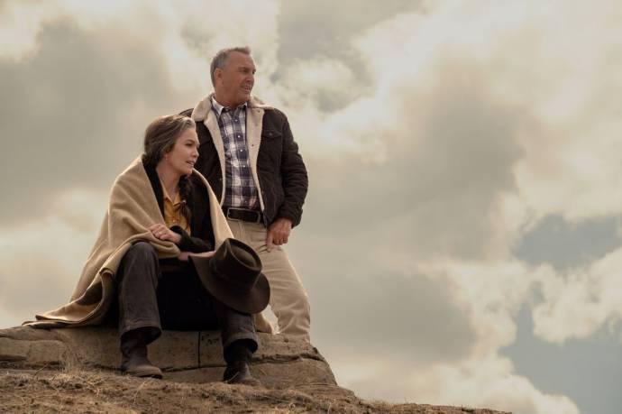 Diane Lane (Margaret Blackledge) en Kevin Costner (George Blackledge) in Let Him Go