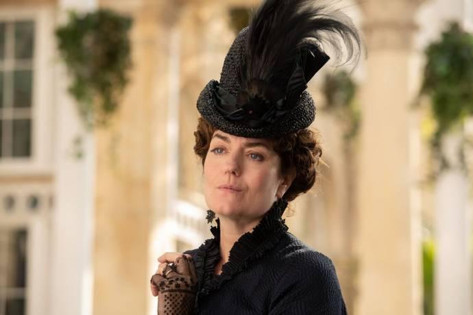 Anna Chancellor (Eleanor Morrow)