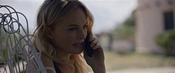 Heather Graham (Shelley Luscomb)