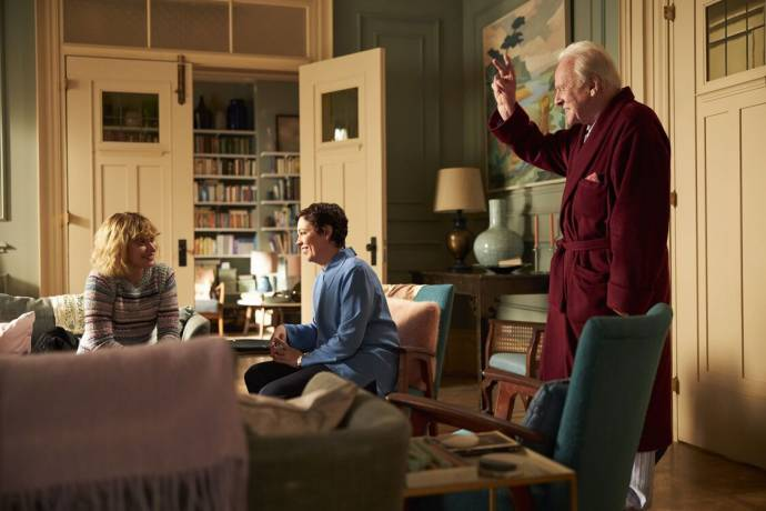 Imogen Poots (Laura), Olivia Colman (Anne) en Anthony Hopkins (Anthony) in The Father