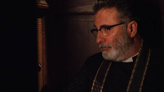 Andy Garcia (Father Patrick)