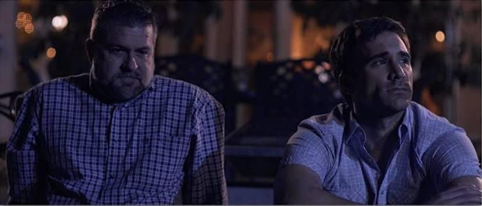 Victor Marx (Peter McKenzie) en Justin Ray (Thomas McKenzie)