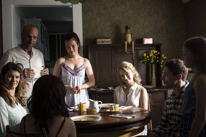 Michael Rogers (Mathew (as Michael Rogers)), Andrea Brooks (Sky), Cindy Busby (Rebekah), Heather Doerksen (Lotus Cloud), Taylor Dianne Robinson (Samantha) en Matthew MacCaull (Greg)