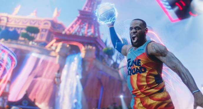 LeBron James (LeBron James) in Space Jam: A New Legacy