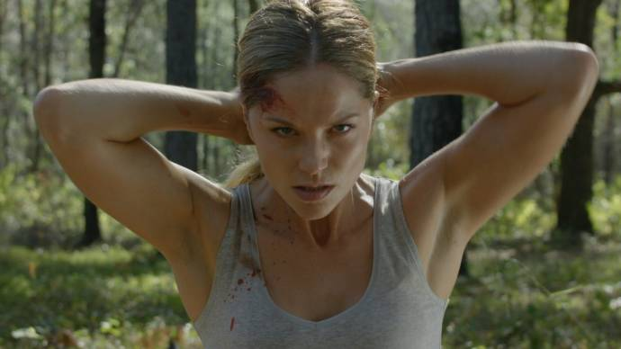 Ellen Hollman (Brenner Baker) in Army of One