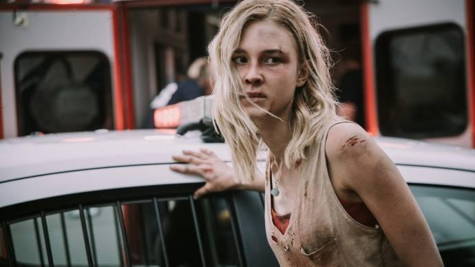 Isabel May (Zoe Hull)