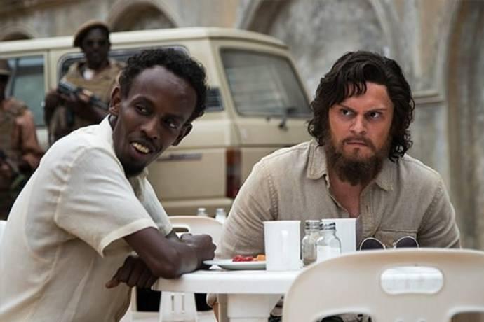 Barkhad Abdi (Abdi) en Evan Peters (Jay Bahadur)
