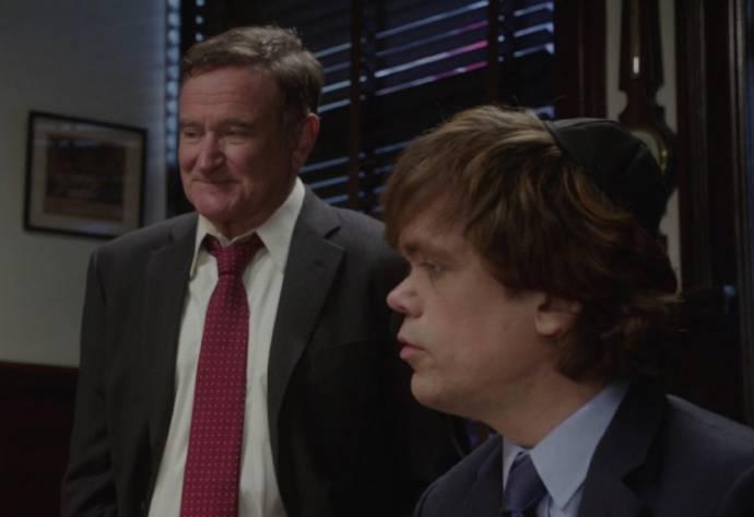 Robin Williams (Henry Altmann) en Peter Dinklage (Aaron Altmann) in The Angriest Man in Brooklyn