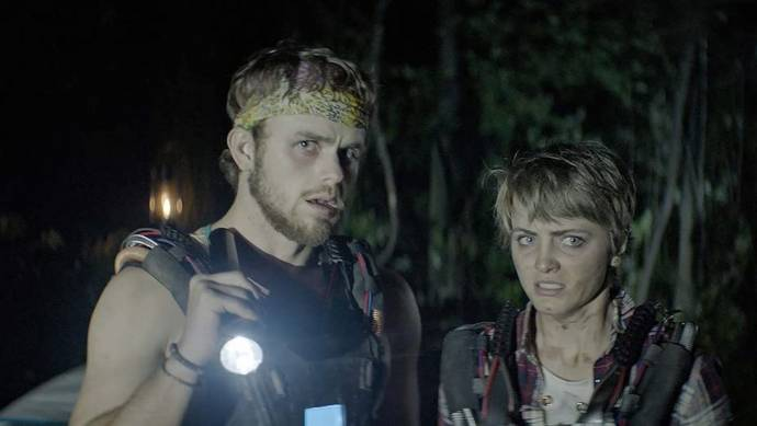 Cameron Scott (PJ (as Cameron R. Scott)) en Reine Swart (Rian)