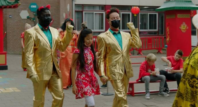 Andre Dongelmans (Kenneth), Pei-Fang Hu Romein (Rianne) en Rop Verheijen (Walther) in Luizenmoeder - De Film