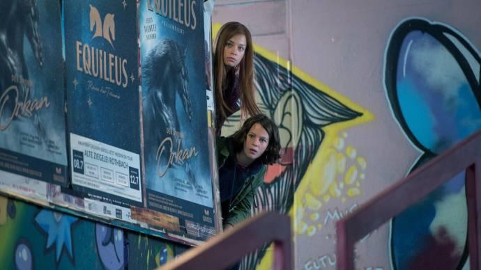 Hanna Binke (Mika) en Luna Paiano (Ari) in Stormwind - in zwaar weer