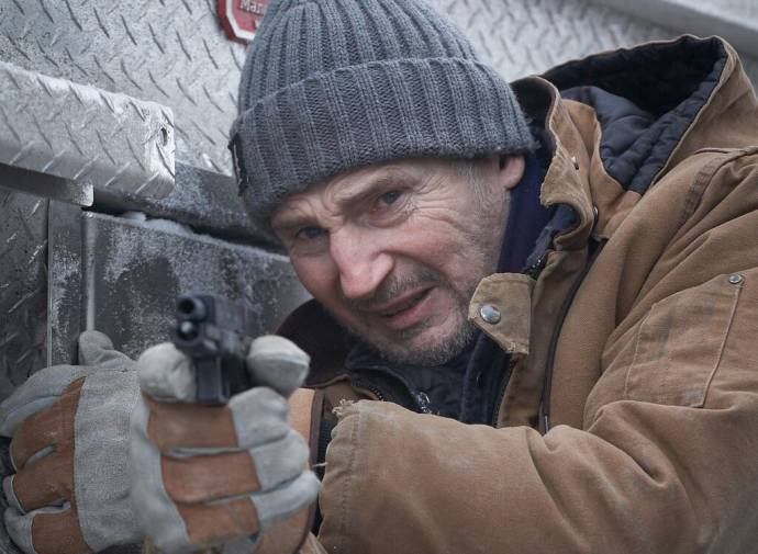 Liam Neeson (Mike McCann) in The Ice Road