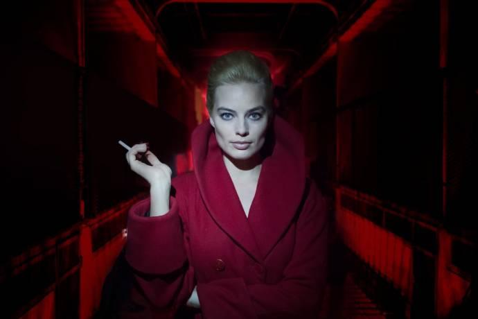 Margot Robbie (Annie / Bonnie)