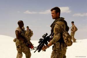 Josh Duhamel (Captain Lennox) en Tyrese Gibson (USAF Tech Sergeant Epps)