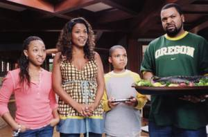 Aleisha Allen (Lindsey Persons), Philip Bolden (Kevin Persons), Ice Cube (Nick Persons) en Nia Long (Suzanne Persons)