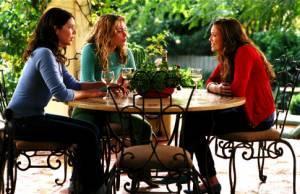 Lauren Graham (Maggie), Mandy Moore (II) (Milly) en Piper Perabo (Mae)