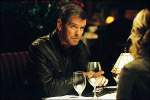 Pierce Brosnan (Tom Ryan)