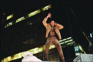 Gerard Butler (Neil Warner)