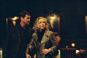 Maria Bello (Abby Warner) en Pierce Brosnan (Tom Ryan)