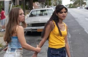 Melonie Diaz (Young Laurie) en Julia Garro (Diane)