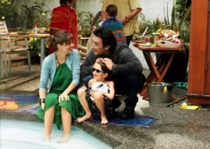 Bobby Coleman (Dennis), John Cusack (David) en Amanda Peet (Harlee)