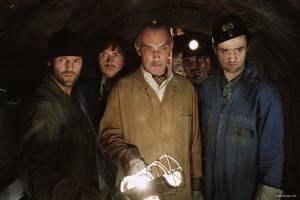 James Faulkner (I) (Guy Arthur Singer), Daniel Mays (Dave Shilling) en Jason Statham (Terry Leather)