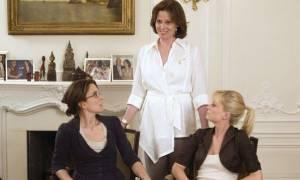 Tina Fey (Kate Holbrook) en Amy Poehler (Angie Ostrowiski) in Baby Mama