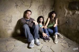 Zooey Deschanel (Alma Moore), Ashlyn Sanchez (Jess) en Mark Wahlberg (Elliot Moore)
