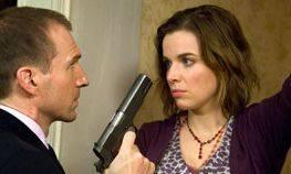Ralph Fiennes (Harry Waters) en Thekla Reuten (Marie)