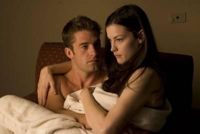 Scott Speedman (James) en Liv Tyler (Kristen)